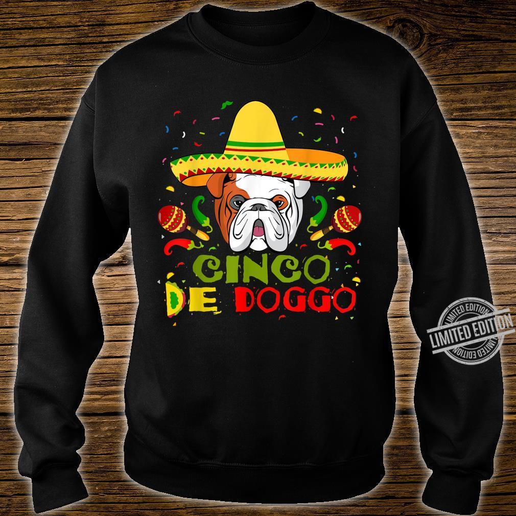 Cinco De Doggo English Bulldog Dog Lover Mom Shirt sweater