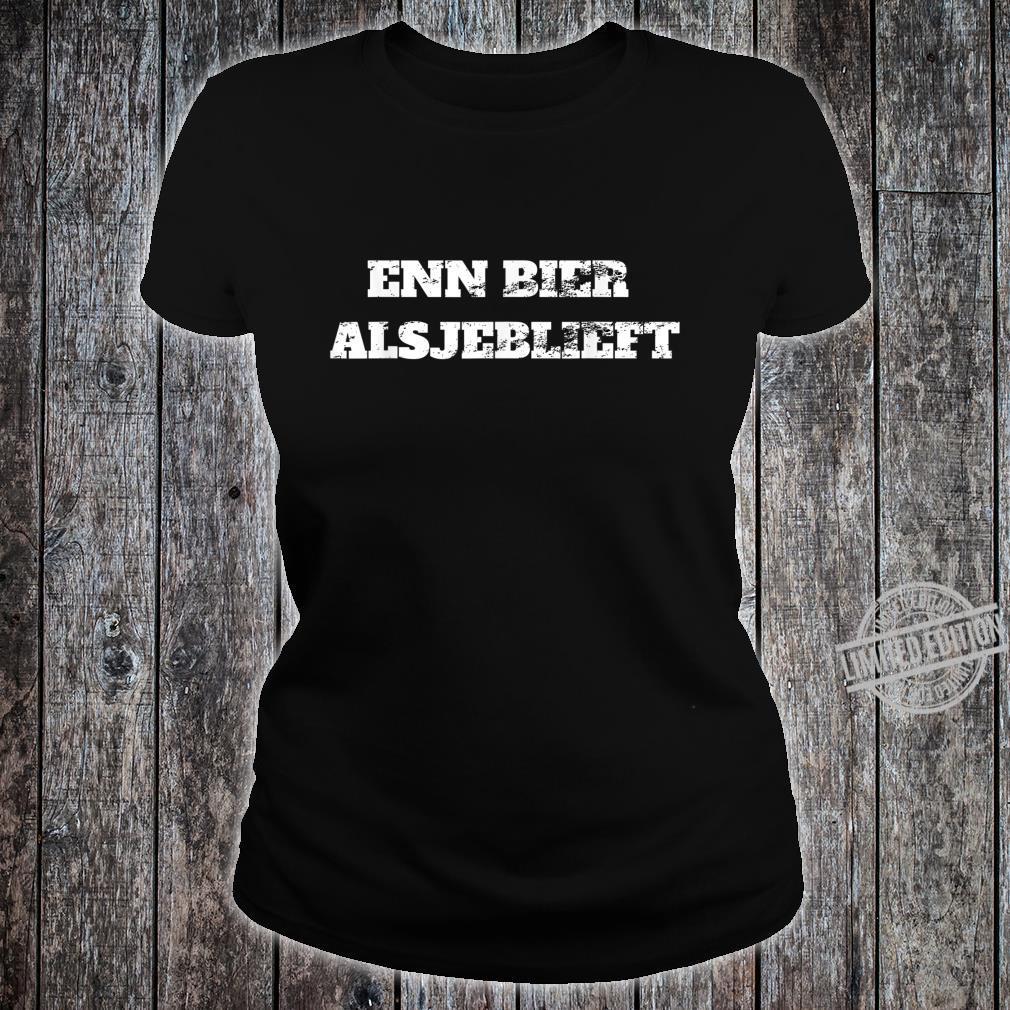 Enn bier,alsjeblieft one beer please in dutch Retro Vacation Shirt ladies tee