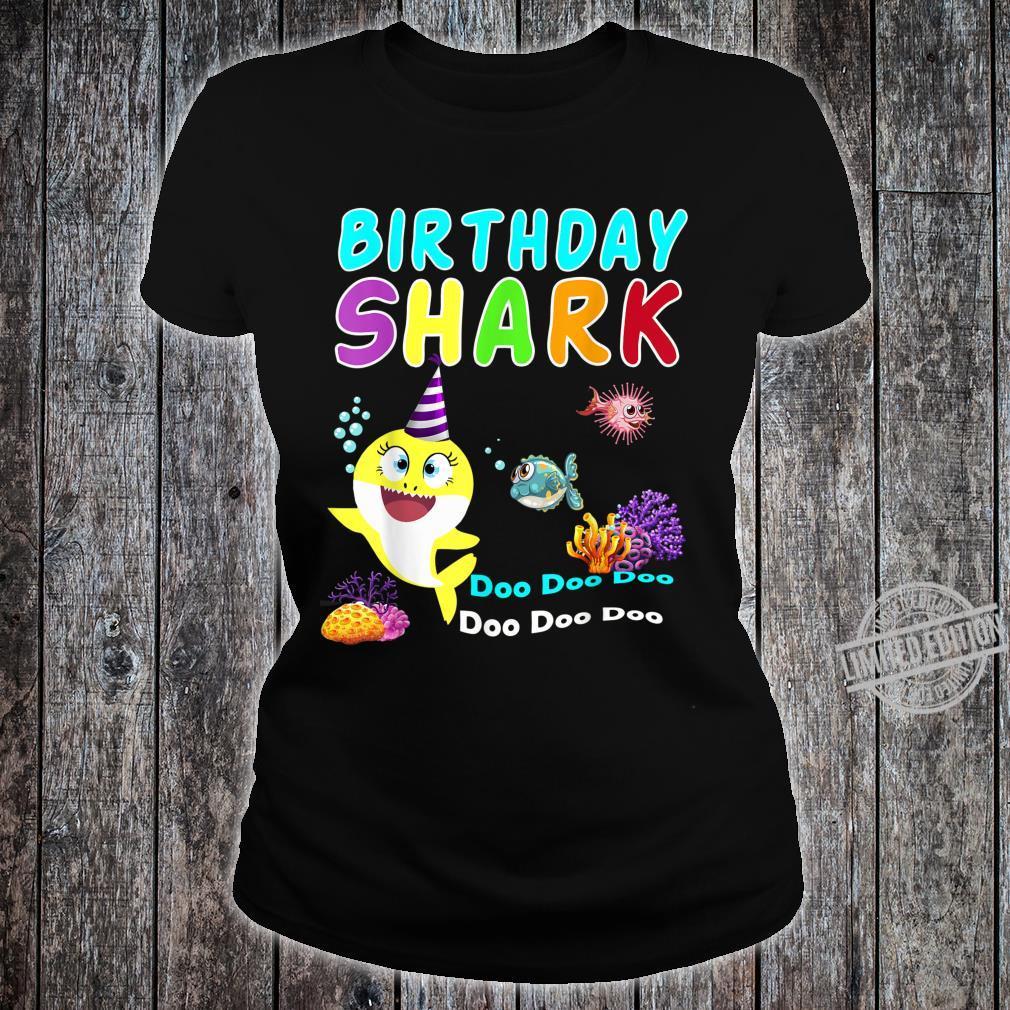 Family Baby Shark Birthday Doo Doo Doo Aquatic World Shirt ladies tee